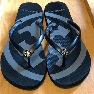 TORY BURCH THONG SANDALS size 9-10